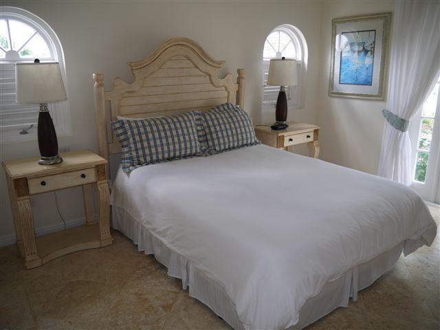 RV12 - Bedroom 3 a