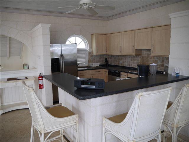 RV12 - Kitchen