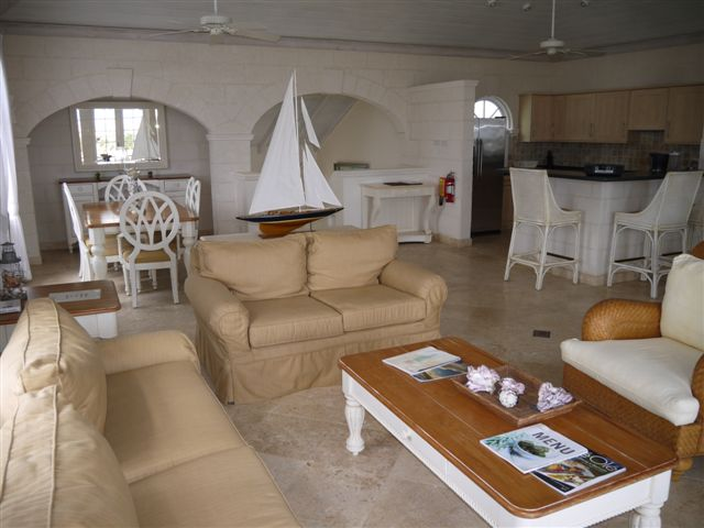 RV12 - Sitting Area