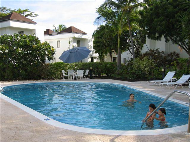 3HH - #0480 Pool