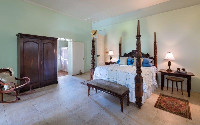 APES HILL GREAT HOUSE DEC-2019 BED 1