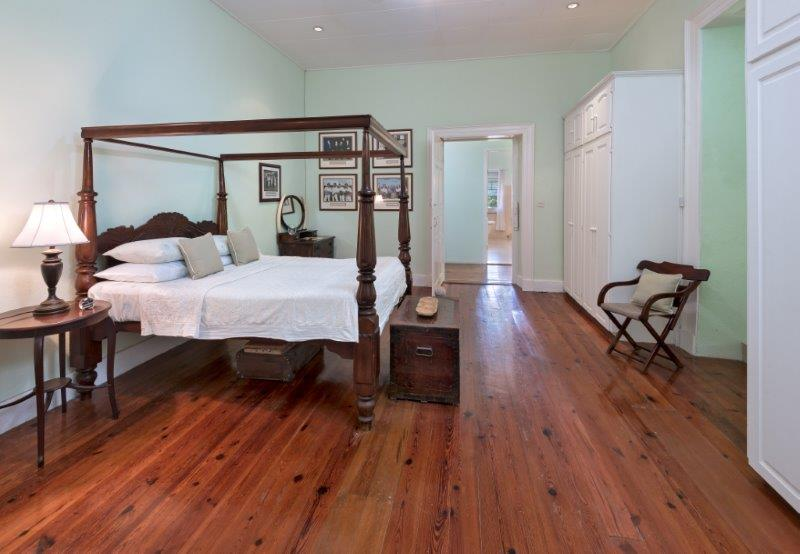 APES HILL GREAT HOUSE DEC-2019 BED 3