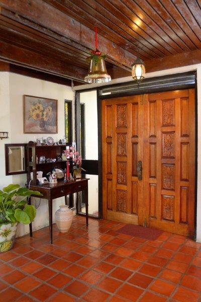Grand View Heights 6 4 Inside Front Door
